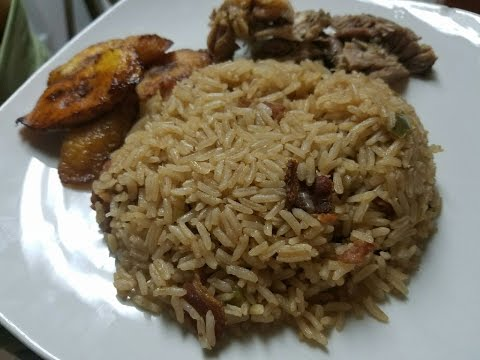 Greek Rice with the Puerto Rican flavor (English Version)