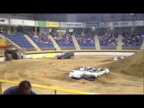 Stock Ford Explorer Gets Big Air On Huge Jumps In Denver, CO Tuff Truck Competition