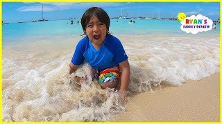 Download Family Fun Day at the Beach and playing in the sand with Ryan's Family Review!!! Video