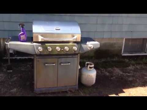 Use SuperClean For A Fast Easy Way To Clean The Exterior Of A BBQ Grill