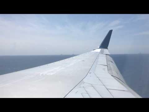 Delta Air Lines 757-200 Landing in Aruba