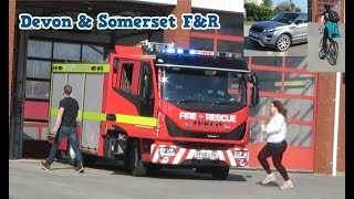 [RETAINED CREW ARRIVING] - Devon & Somerset UK Fire Engine Responding - Exeter turnout & Tones