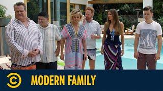 Medium Rare | Modern Family | Comedy Central Deutschland