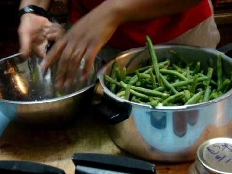 52 Preparing fresh green beans for thanksgiving, cutting & trimming tips and tricks
