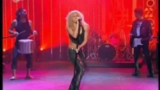 Shakira - Objection Tango (Afro-Punk Version) - Live At Wetten Dass Laundry Service