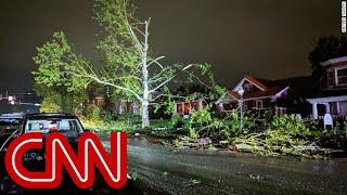 Violent tornado slams semi-truck like a 'soda can'