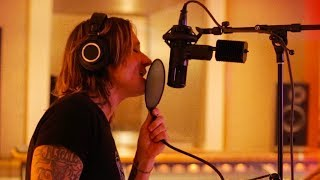 "Keith Urban - The Making of ""Horses"" from Graffiti U"