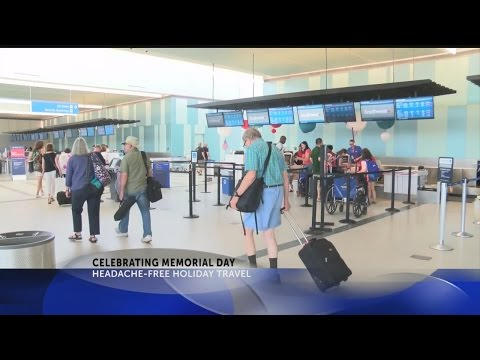 Charleston International Airport advice on smooth travel during Memorial Day Weekend