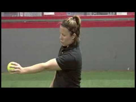 Softball Overview : How to Throw a Knuckle Ball in Softball