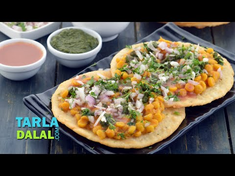 Dal Pakwan, Sindhi Dal Pakwan Breakfast Recipe by Tarla Dalal