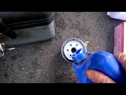 Vauxhall Astra engine oil change August 2015