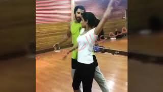 #x202b;رقص كونج وتوينكل ابطال مسلسل غموض الحب روعه حصريا#x202c;lrm;