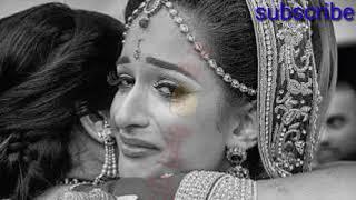 whatsapp status (Mom love song maiya tere aanchal ki mai hu kesi gudiya re....)