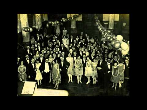 Irving Mills & His Modernists (w Jack Pettis) - At The Prom - Victor V-38105 (HD)