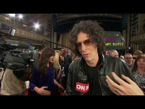 Sirius XM rewards Howard Stern
