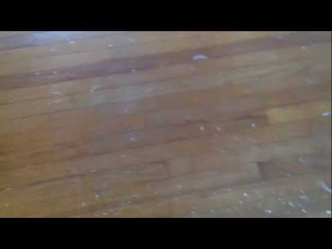 How to remove paint from your hardwood floors