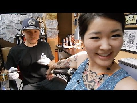 COLOR! Getting Tattooed | Hello Kitty Tattoo (Half Sleeve) - HelloHannahCho