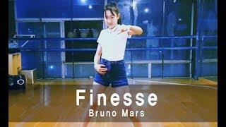 Download YG 오디션 합격한 13살 소녀 깔끔한 춤실력 Video