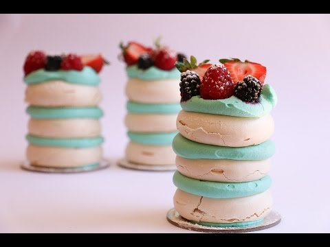 Soft and Chewy Individual Pavlova Tutorial- Rosie's Dessert Spot