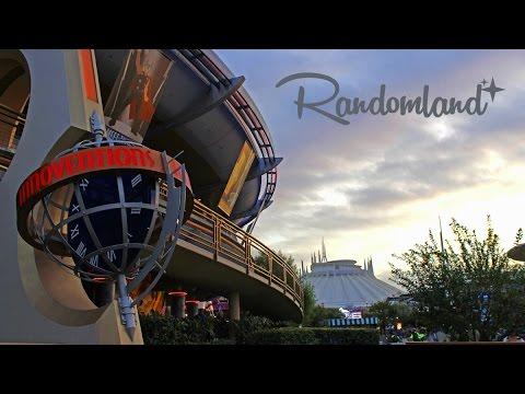 5 Weird Things in Tomorrowland at Disneyland!