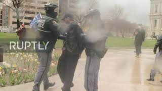 USA: Anti-lockdown demo held in front of Michigan State Capitol