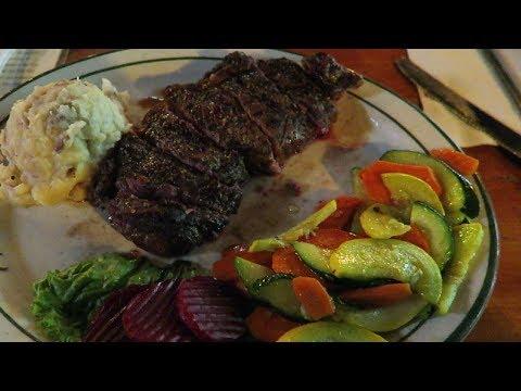 Las Vegas Steakhouse: Bonnie Springs Ranch Country Restaurant