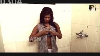 Devar ne  Bhabhi ke saath Romance kiya bathroom me