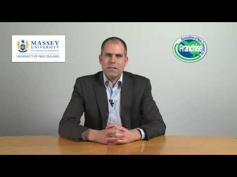 1.4 Advantages & Disadvantages of Buying a Franchise