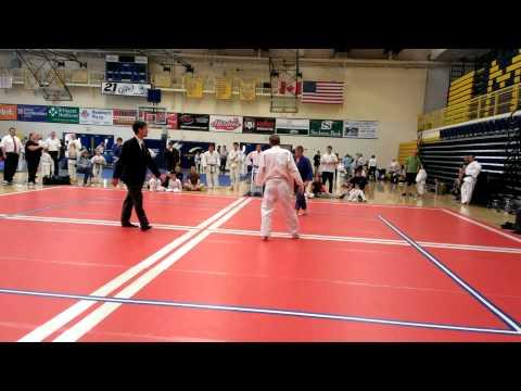 Judo White belt beats brown belt
