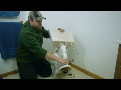 How to Reinstall a Toilet After Vinyl Installation : Toilet Maintenance