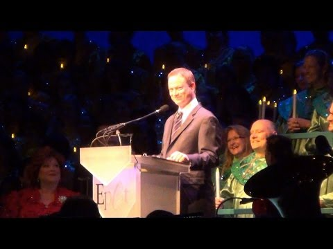 Epcot Candlelight Processional 2013 Narrated by Gary Sinise NEW Opening Mentions Walt Disney