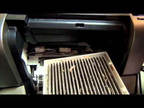 How to replace Toyota Prius Cabin Filter - 04-09 - LubeUdo.com