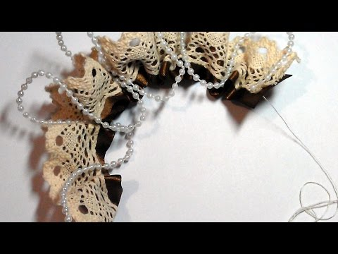 Make a Pretty Flower Brooch with Lace - DIY Style - Guidecentral