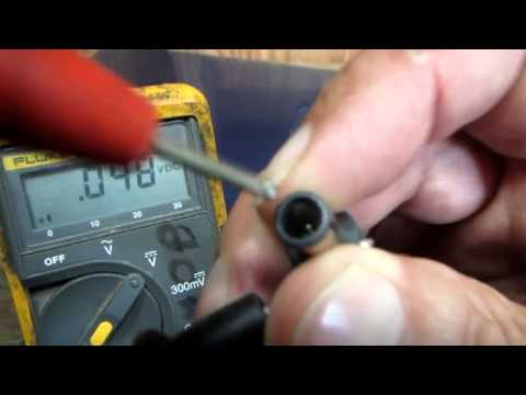 Laptop battery does't last? Use a multimeter to troubleshoot ac power adapter / battery charger