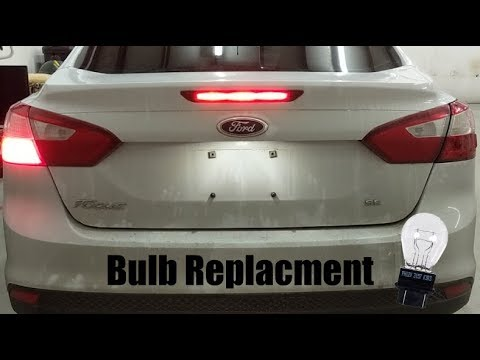 2012 Ford Focus: Brake Light Bulb Replacement