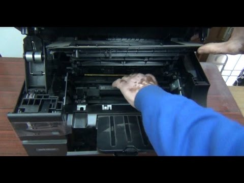 HP LaserJet Pro M1136 Multifunction Printer: Installing Ink Cartridge and Copying Tips (Hindi) (HD)