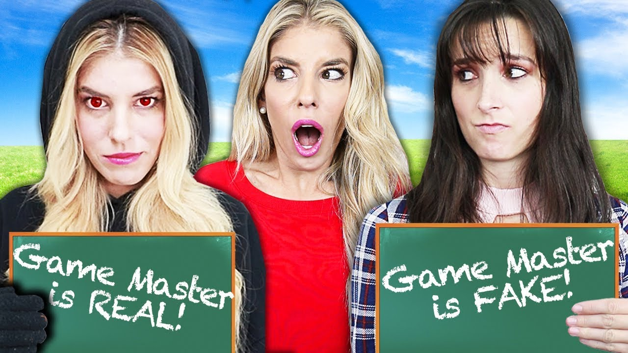 TWIN TELEPATHY CHALLENGE! Who Knows Me Better RZ Twin or Best Friend? (Game Master Battle Royale)