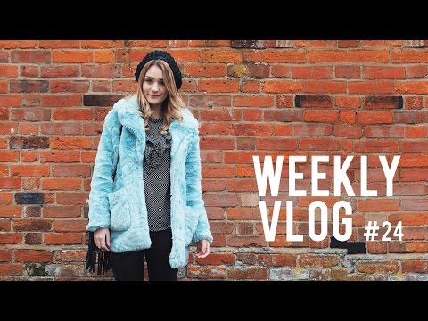 BLOGGER LUNGES & PLAYING THEME HOSPITAL! | Weekly Vlog