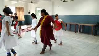 Bolo sakhi bolo dance choreography by manisha madam and her students