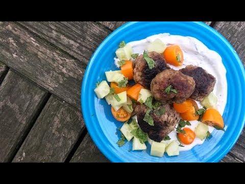5-Ingredient Greek-Style Meatballs | Stacie Billis