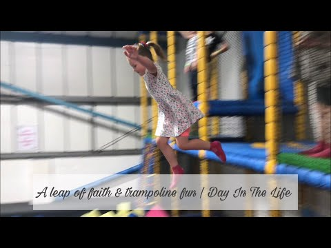 A LEAP OF FAITH, TRAMPOLINE FUN & INTRODUCING THE KIDS TO THE GREATEST SHOWMAN   DAY IN THE LIFE
