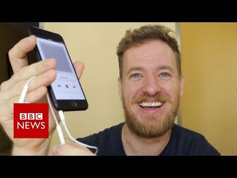 iPhone hacker puts headphone jack back - BBC News