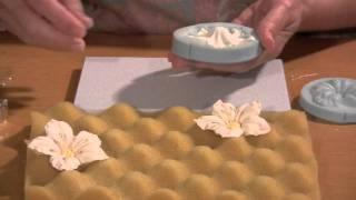 How To Make A Gumpaste Petunia Flower