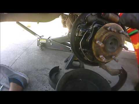 2006-2008 Chevy Silverado / GMC Sierra Rear Brake Shoes Replacment