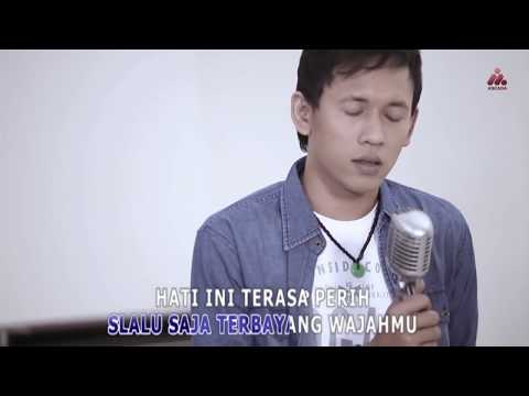 Dadali - Sakit Hatiku (Official Music Video with Lyrics)