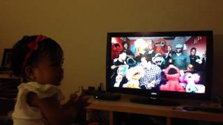Ellie loves Sesame Street with The Roots and Jimmy Fallon