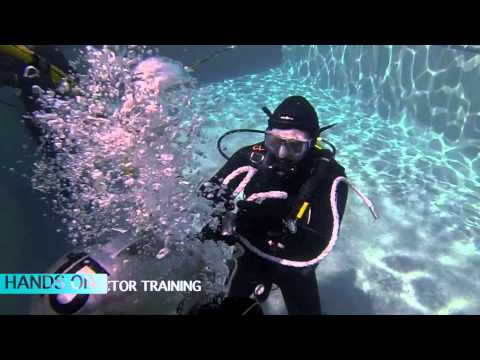 Commercial Dive Academy Students Completing Under Water Exercises in Week 1