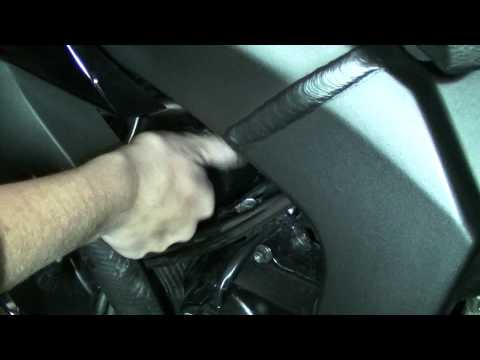 ZX6R Oil Change - By Shelby!!