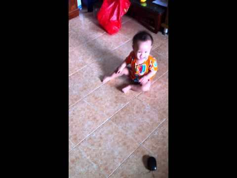 Train Your Baby to Crawl Early