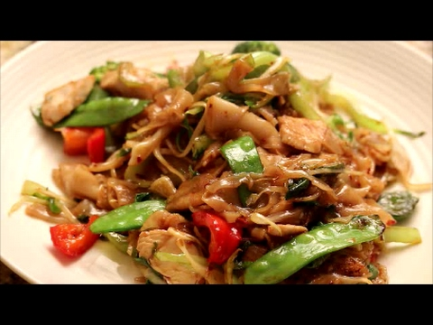 Stir-Fry Rice Noodle With Brown Sauce...Simple And Easy!!!